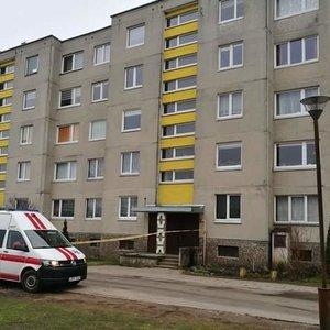 Į butą Mažeikiuose atskubėjo visos tarnybos – pranešta apie sprogmenį