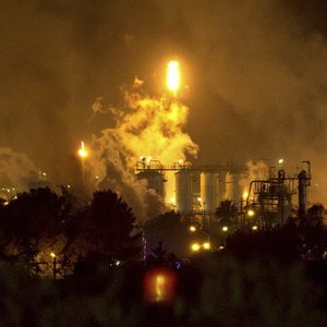 Galingas sprogimas Ispanijoje: įvyko cheminė avarija