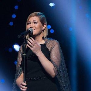"""""""X faktoriuje"""" išgarsėjusi Kristina bandys laimę """"Eurovizijoje"""": dainą sukūrė neregys Aurimas"""