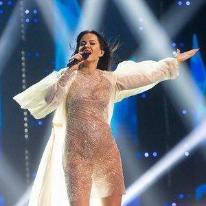 """""""Eurovizijos"""" atrankoje 12 kartą sėkmę bandanti Pilvelytė: gyvenimas nemėgsta silpnų žmonių"""