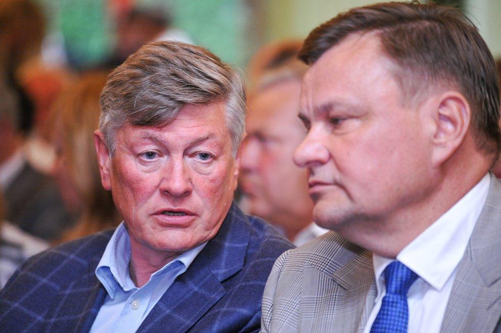 Artūras Paulauskas (kairėje) ir Vydas Gedvilas (nuotr. Fotodiena.lt)