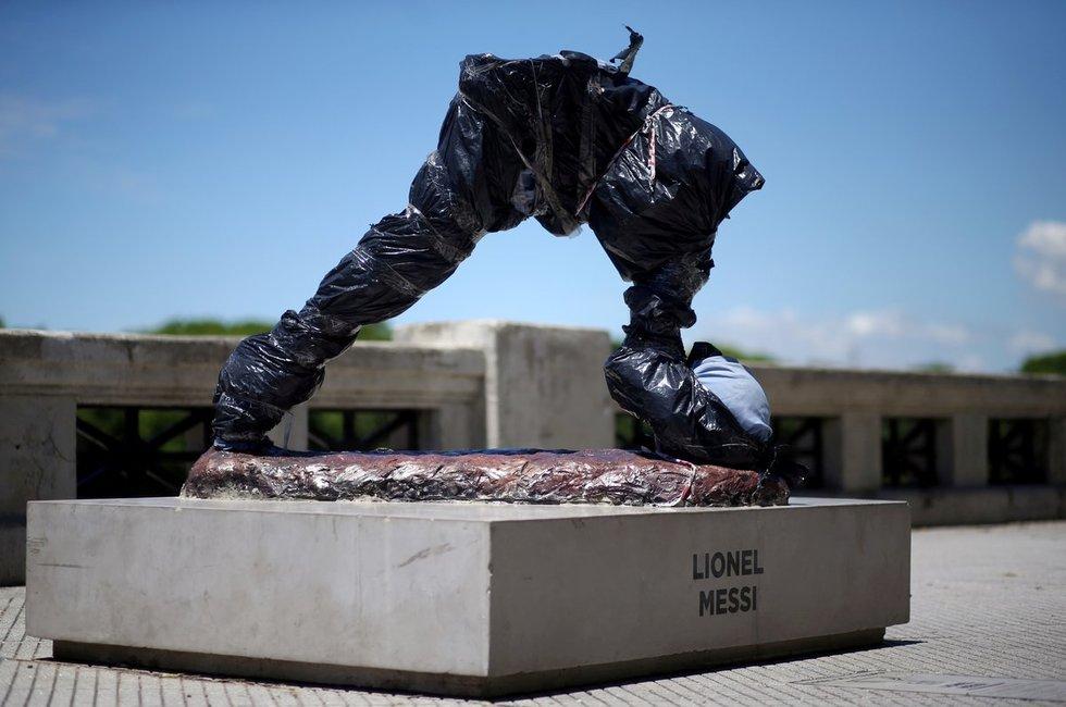 Lionelio Messi statula sausį (nuotr. SCANPIX)