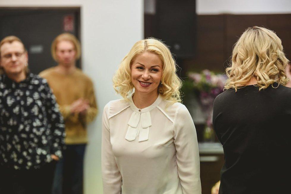 Plaukų stilistė R. Morozovienė pristatė naują savo salono pavadinimą (nuotr. Organizatorių)