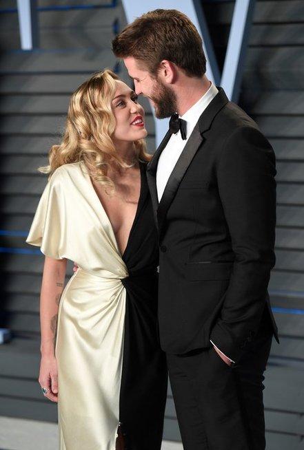 Miley Cyrus ir Liam Hemsworth
