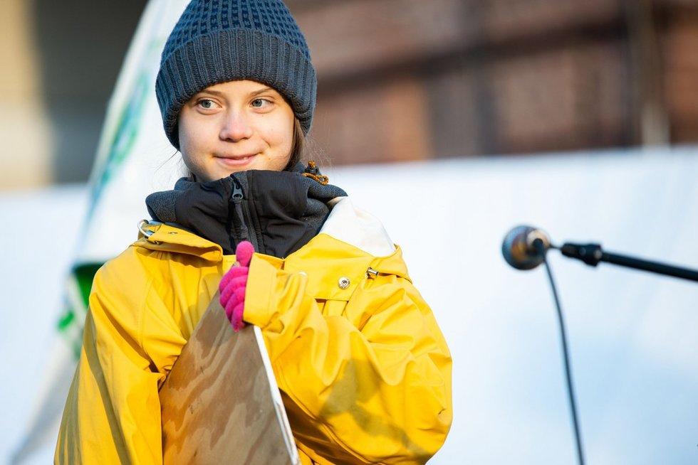 Greta Thunberg pasiskundė perpildytu traukiniu ir sulaukė atsako