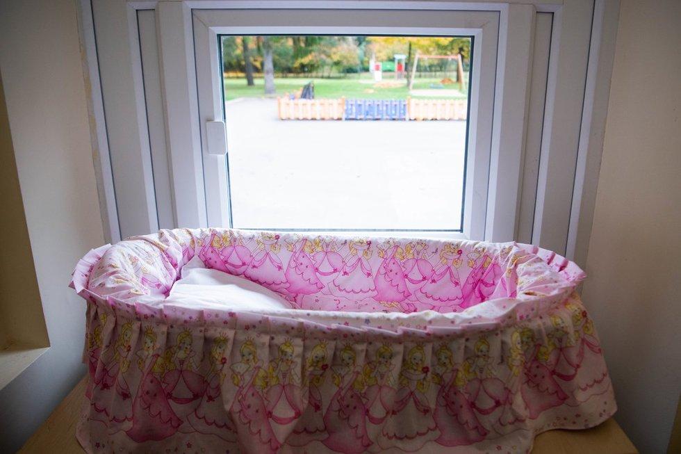 Pirmasis gyvybės langelis 2009 metais buvo įkurtas kūdikių namuose