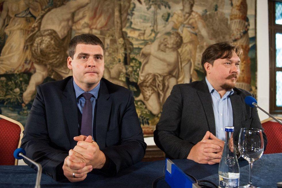 Partija Tvarka ir Teisingumas konferencijoje rinkimų rezultatams aptarti (nuotr. Fotodiena.lt)