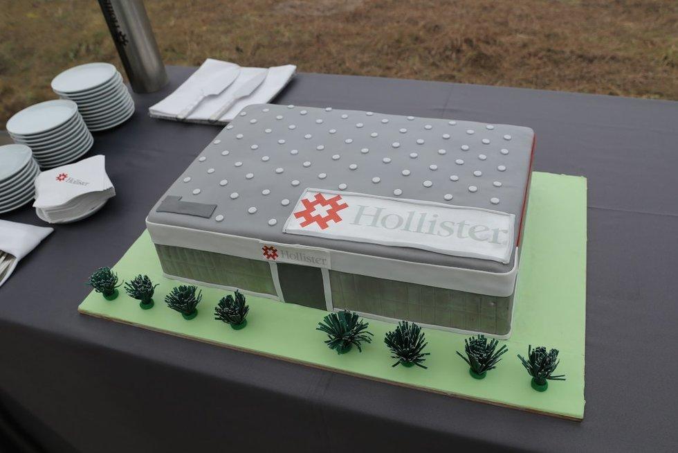 """Pradėtos JAV kompanijos """"Hollister"""" gamyklos statybos (nuotr. bendrovės)"""