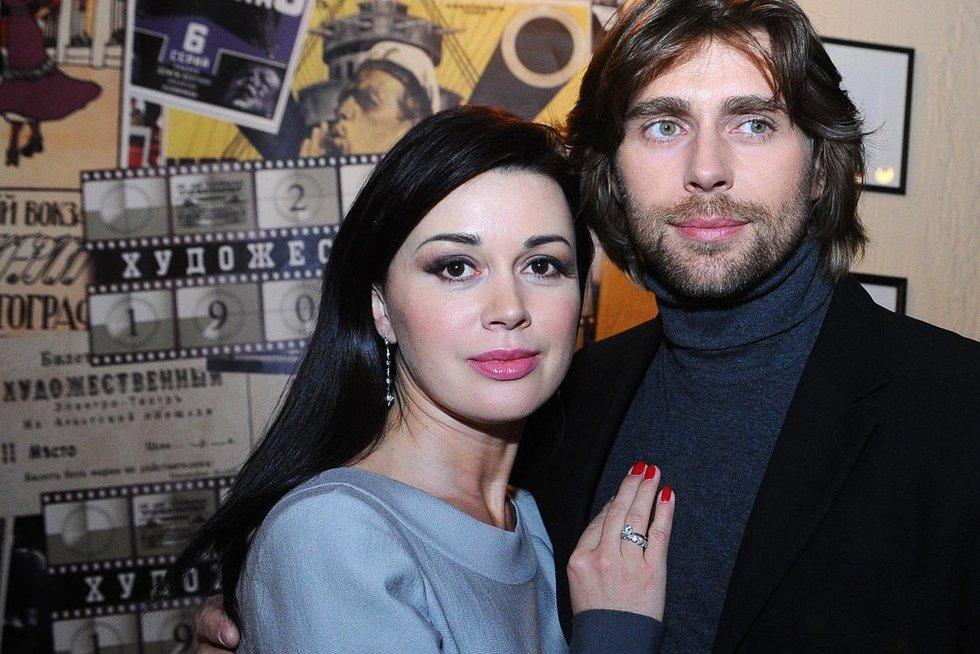 A. Zavorotniuk su vyru (nuotr. SCANPIX)