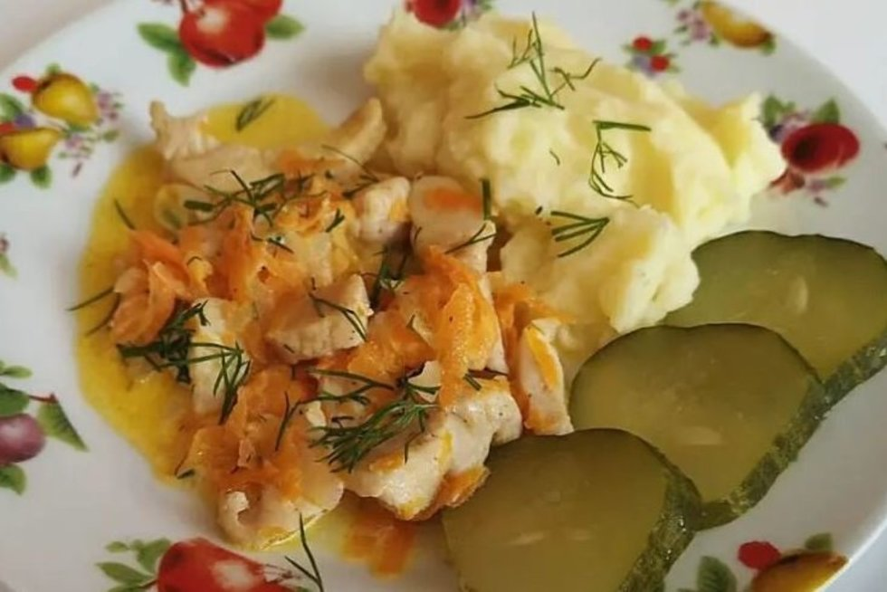Vištienos troškinys su bulvių koše (Nuotr. worldrecipes.eu)