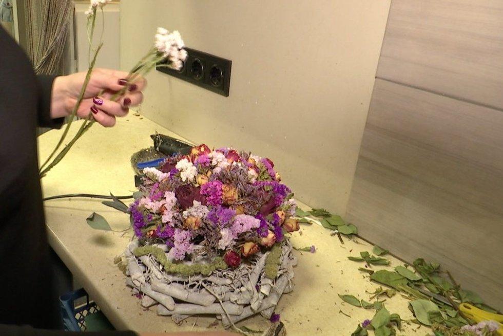 Gėlės (nuotr. stop kadras)