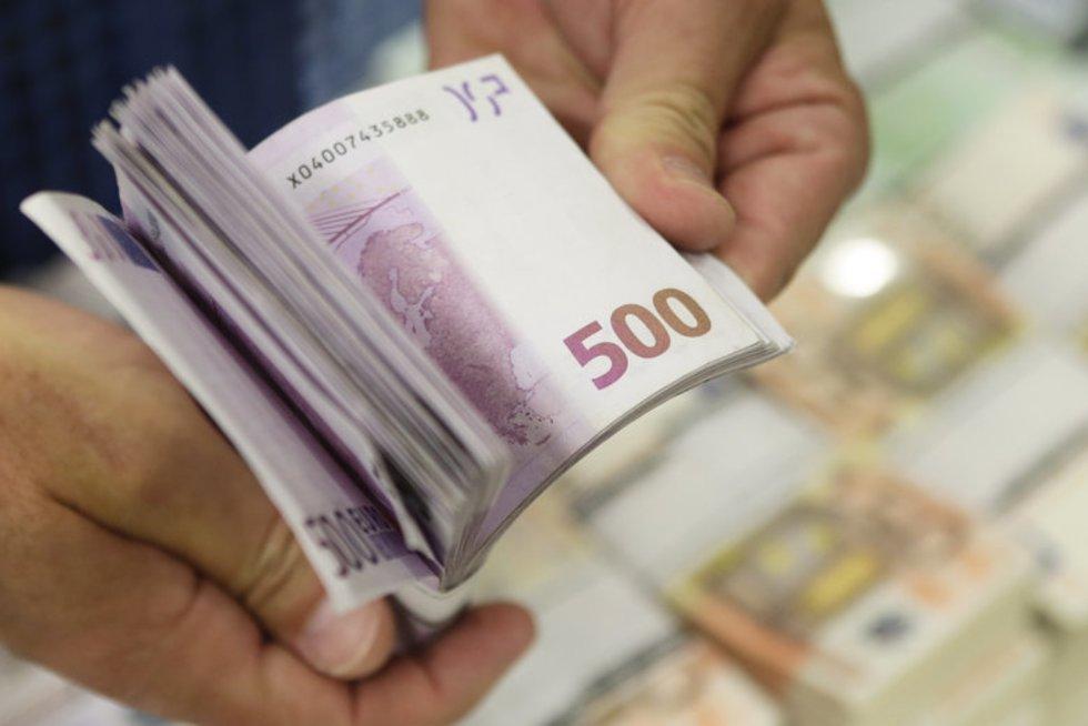Eurai (nuotr. Reuters/Scanpix)