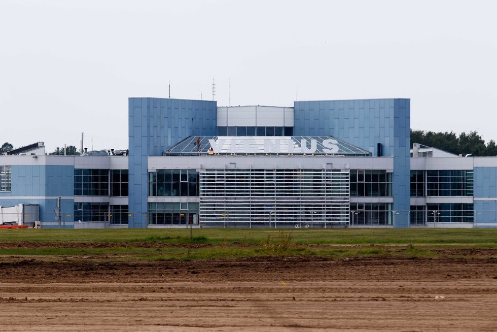 Vilniaus oro uosto kilimo ir tūpimo tako atidarymas (nuotr. Tv3.lt/Ruslano Kondratjevo)