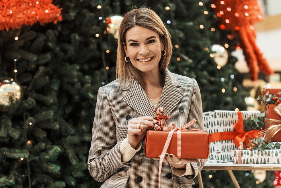 Stilistės Austėjos Jablonskytės patarimai: ką šiemet dovanoti ir kaip originaliai supakuoti kalėdines dovanas? (nuotr. Organizatorių)