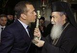 Rusijos popas: pamaldų metu koronavirusu neįmanoma užsikrėsti, nes ten yra Kristus