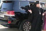 Rusijos kasdienybė: kalbėdamas apie vyskupo naują džipą vietos gubernatorius prabilo banditų žargonu