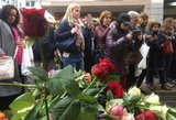 Pagerbtos Stokholmo išpuolio aukos: sienų pabėgėliams Švedija nežada