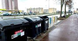 Vilnietis stebisi šiukšlių vežėjų sprendimu kaimynų konteinerius tuštinti skirtingomis dienomis