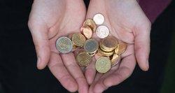 Verslininkai apie norą didinti minimalią algą: bedarbių tik daugės