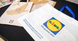 """""""Lidl"""" prekybos tinkle nebelieka vienkartinių plastikinių pirkinių maišelių"""