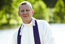 Garsus kunigas apie velnio apsėstą lietuvį: jis kryžiumi krisdavo žemyn galva