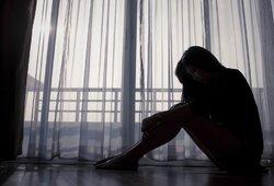 Vilniuje – pranešimas apie naktiniame klube išžagintą 18-metę