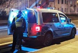 Kauno policija ieško į kapines įvažiavusio ir jas apgadinusio automobilio
