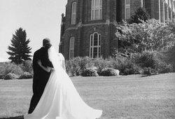 Ši vestuvių nuotrauka tapo interneto sensacija: pamatę, negali sustoti juoktis