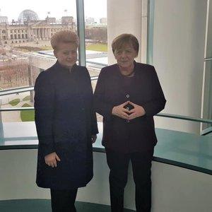 Grybauskaitė susitiko su Merkel – kalbėjo apie pinigus