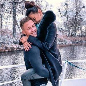 Jokios nuodėmės: Burlinskaitė su mylimuoju parodė, kaip vienas kitą lepina