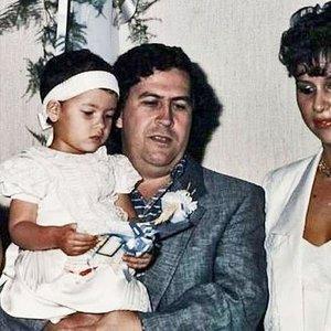 Į Vilnių atvyksta Pablo Escobaro našlė – ją lydės asmens sargybinis
