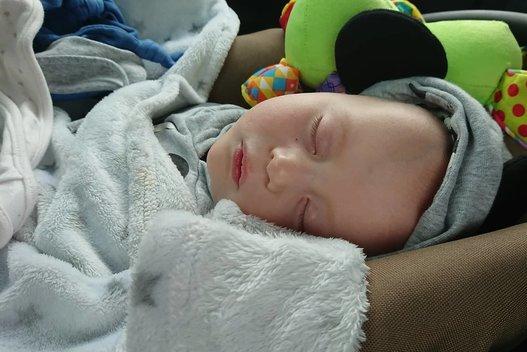 Dėl retos medžiagų apykaitos ligos Kajus miega labai dažnai (nuotr. asm. archyvo)