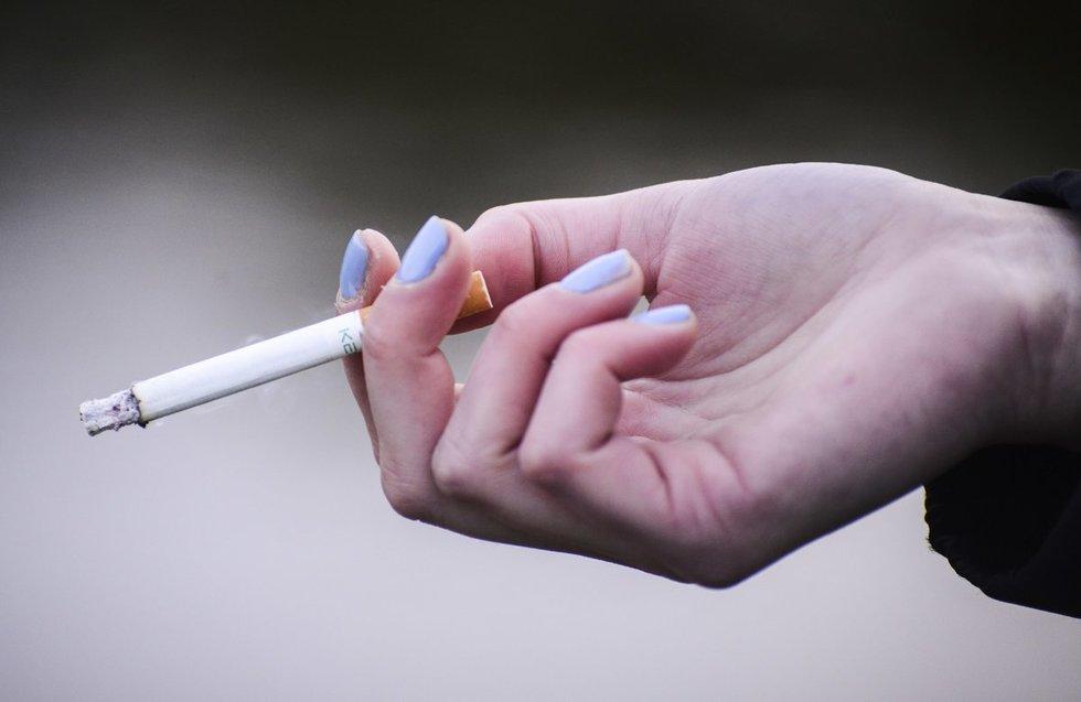 Nors Latvijoje akcizai didėja, cigarečių paklausa nemažėja