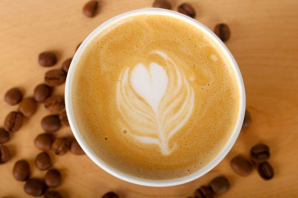 Įspėja kavos mėgėjus (nuotr. 123rf.com)