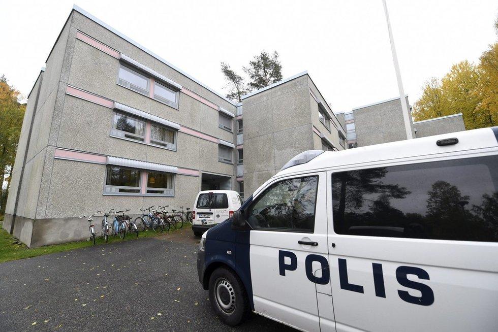 Suomijoje brutaliai nužudyta pabėgėlius gynusi mergina: įtariamasis negavo leidimo nuolatos gyventi šalyje (nuotr. SCANPIX)