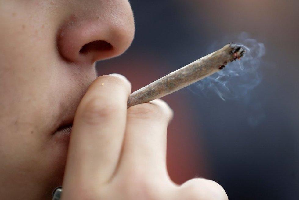 Rūkymas (nuotr. SCANPIX)