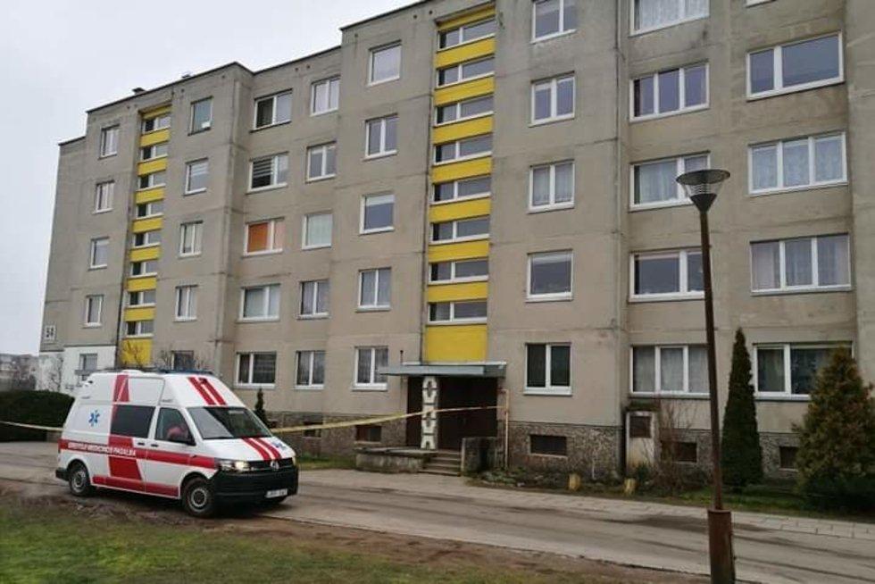 Mažeikiuose bute galimas sprogmuo (nuotr. skaitytojo)