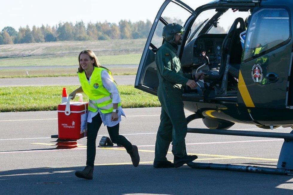 Parodė, kaip skraidinami donorų organai iš kitų šalių (nuotr. Tv3.lt/Ruslano Kondratjevo)