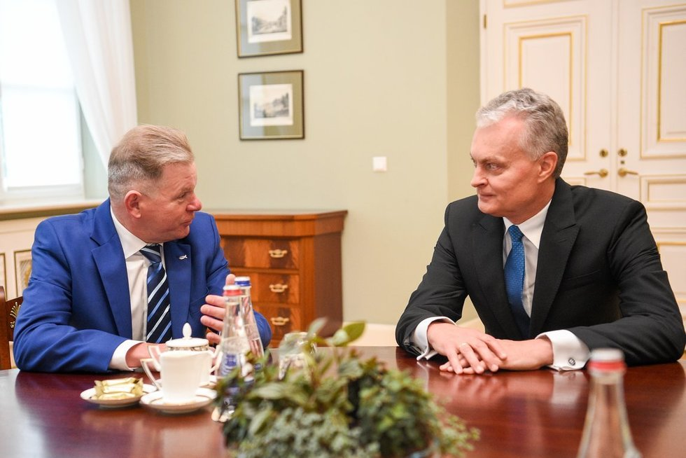 Jaroslavas Narkevičius ir Gitanas Nausėda (nuotr. Fotodiena/Justinas Auškelis)