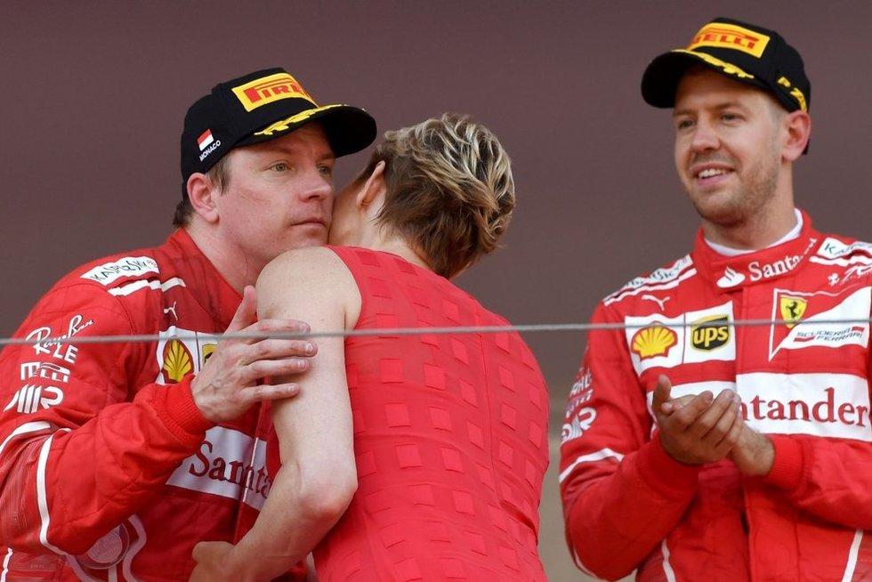 Kimi Raikkonenas ir Sebastianas Vettelis (nuotr. SCANPIX)