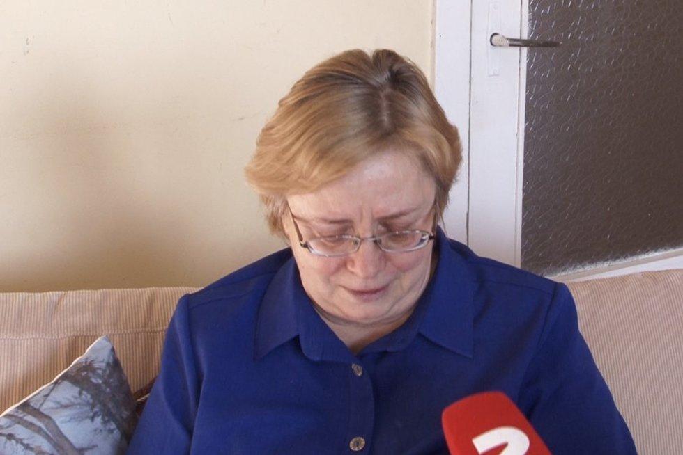 Panevėžio pataisos namų slaugytoja nesulaiko ašarų: patyčios darbe paguldė į patalą (nuotr. stop kadras)