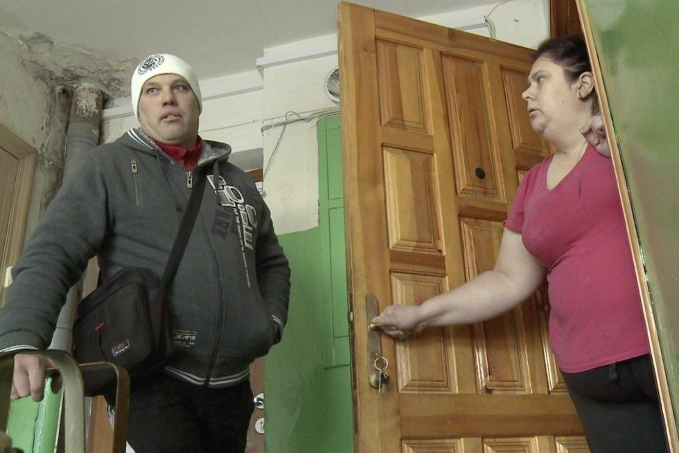 """Dėl dukros kovojantis vyras įtaria buvusios žmonos """"egzekuciją"""" prieš jį"""