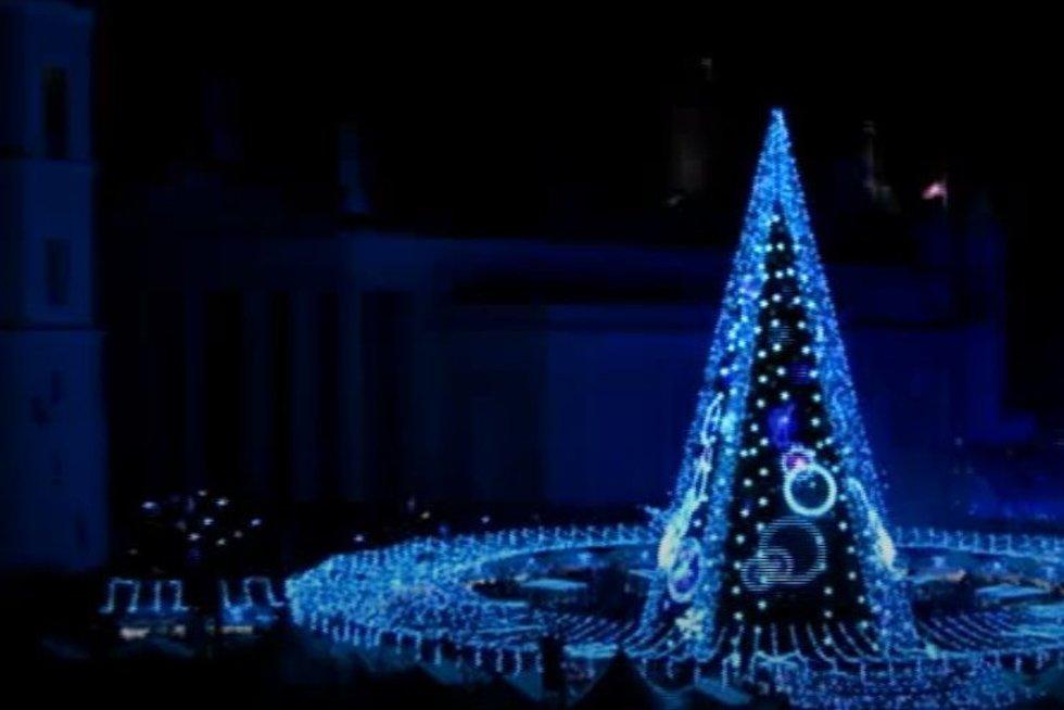 vilniaus kalėdų eglės įžiebimas (stop kadras)