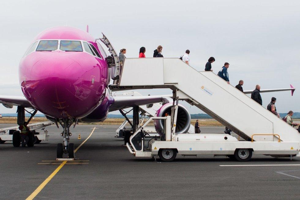Lėktuvo keleiviai (nuotr. SCANPIX)