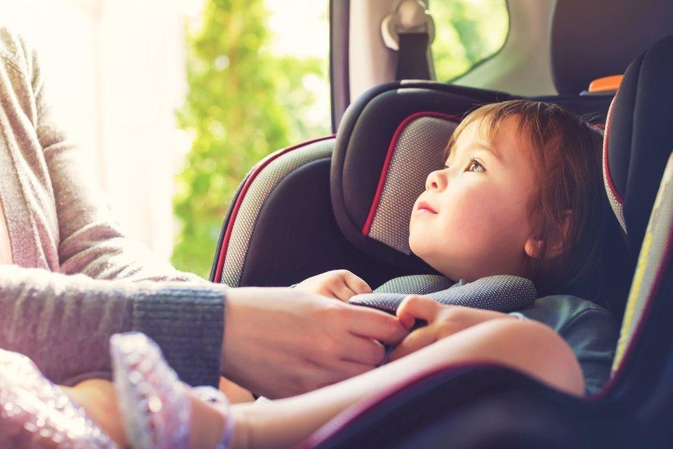 Vaikas kėdutėje  (nuotr. 123rf.com)