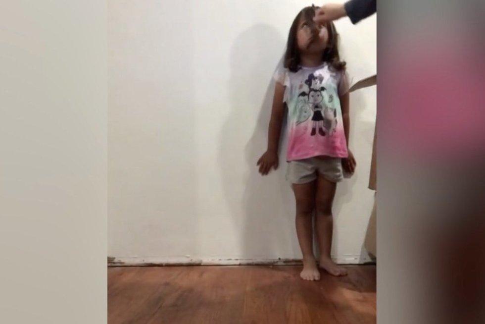 Mergaitė (nuotr. stop kadras)