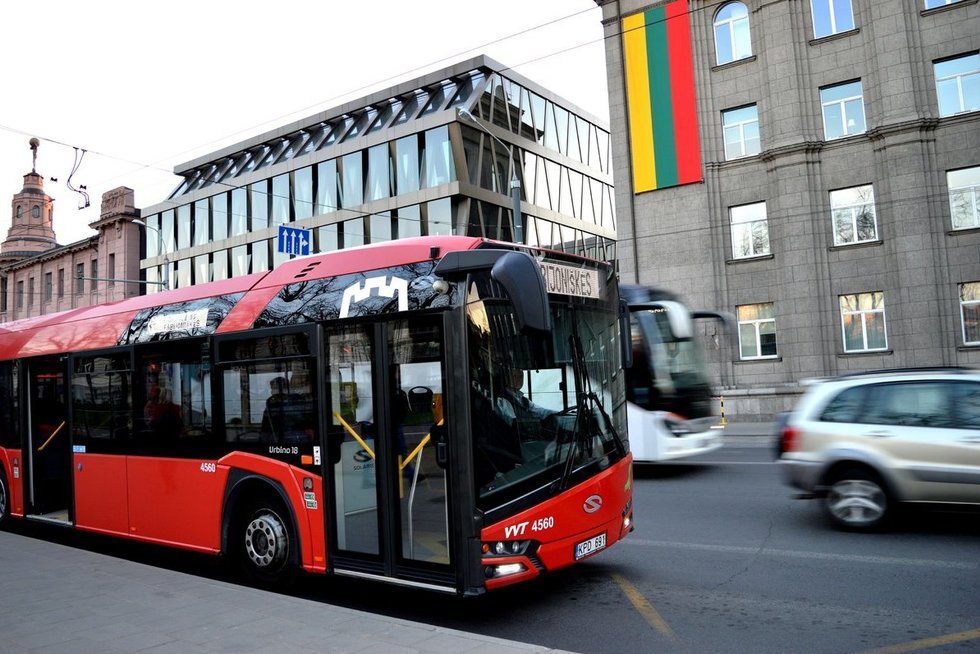 """Viešasis Vilniaus transportas (nuotr. """"Susisiekimo paslaugos"""")"""