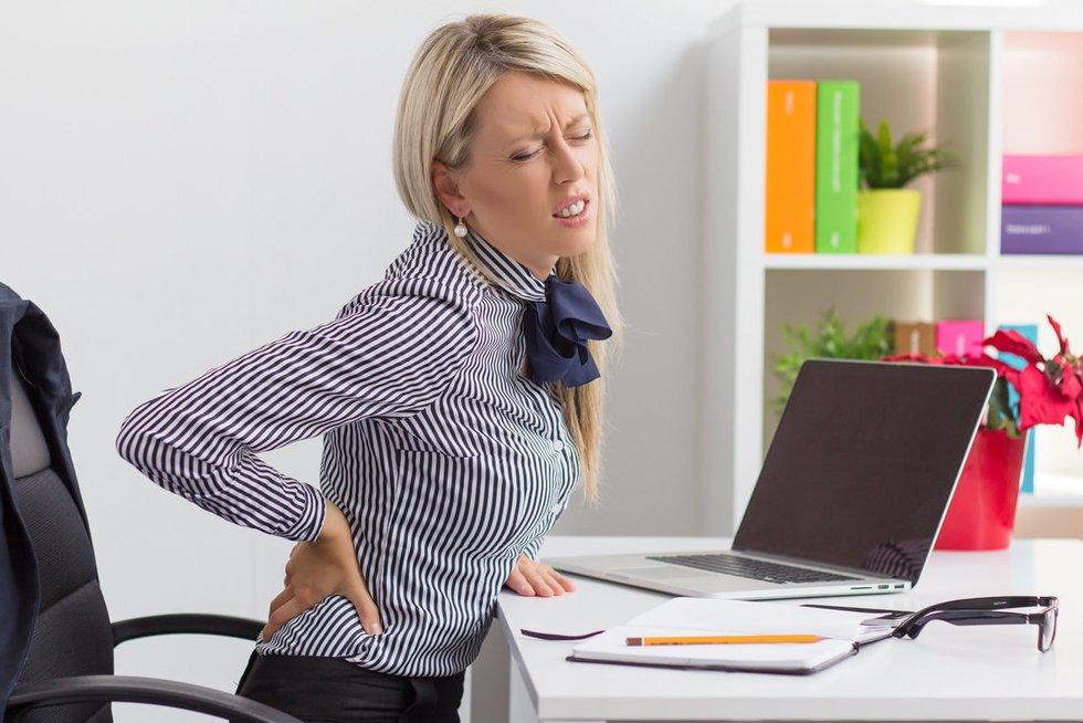 Nugaros skausmas (nuotr. Fotolia.com)