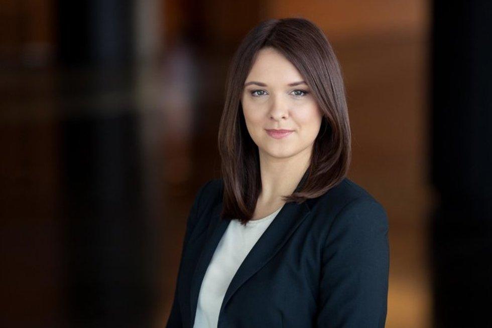 """""""Swedbank"""" vyresnioji ekonomistė Laura Galdikienė (nuotr. asm. archyvo)"""