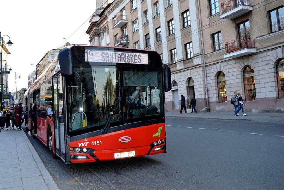 """Viešasis transportas (nuotr. """"Susisiekimo paslaugos"""")"""